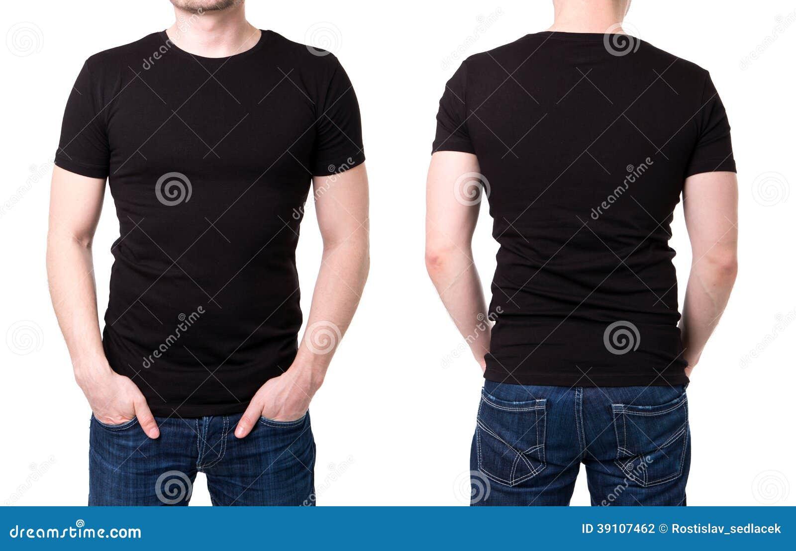 T-shirt noir sur un calibre de jeune homme