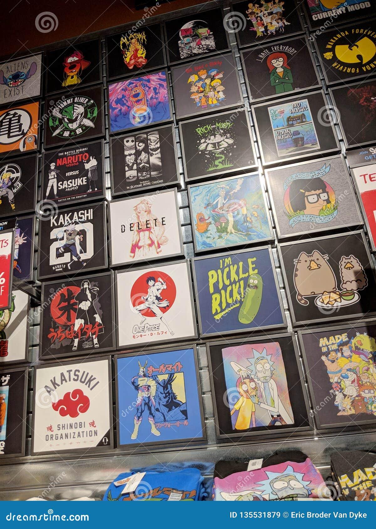 T-shirts comportant Rick et Morty, Scooby Doo, Power Rangers, et Wu Tang Clan pour la vente chez Spencer