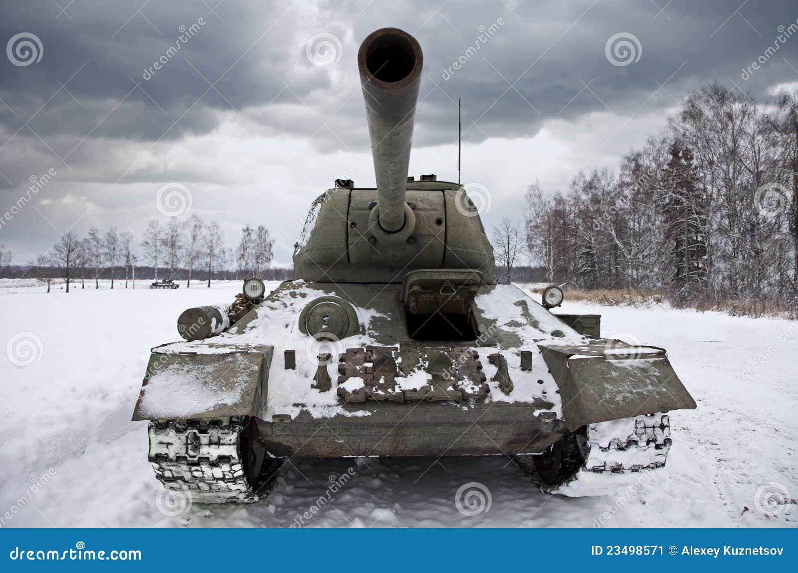 下严重的传奇俄国天空t34坦克.