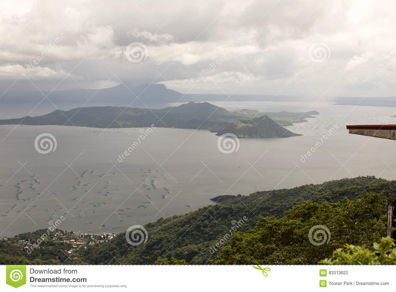 how to go to taal volcano from tagaytay