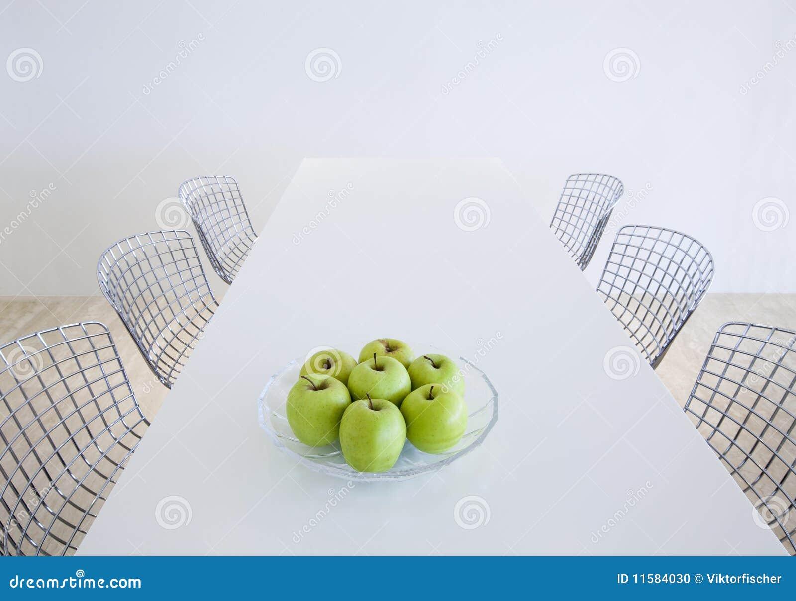 Tabela E Cadeiras Modernas De Cozinha Foto De Stock Imagem De