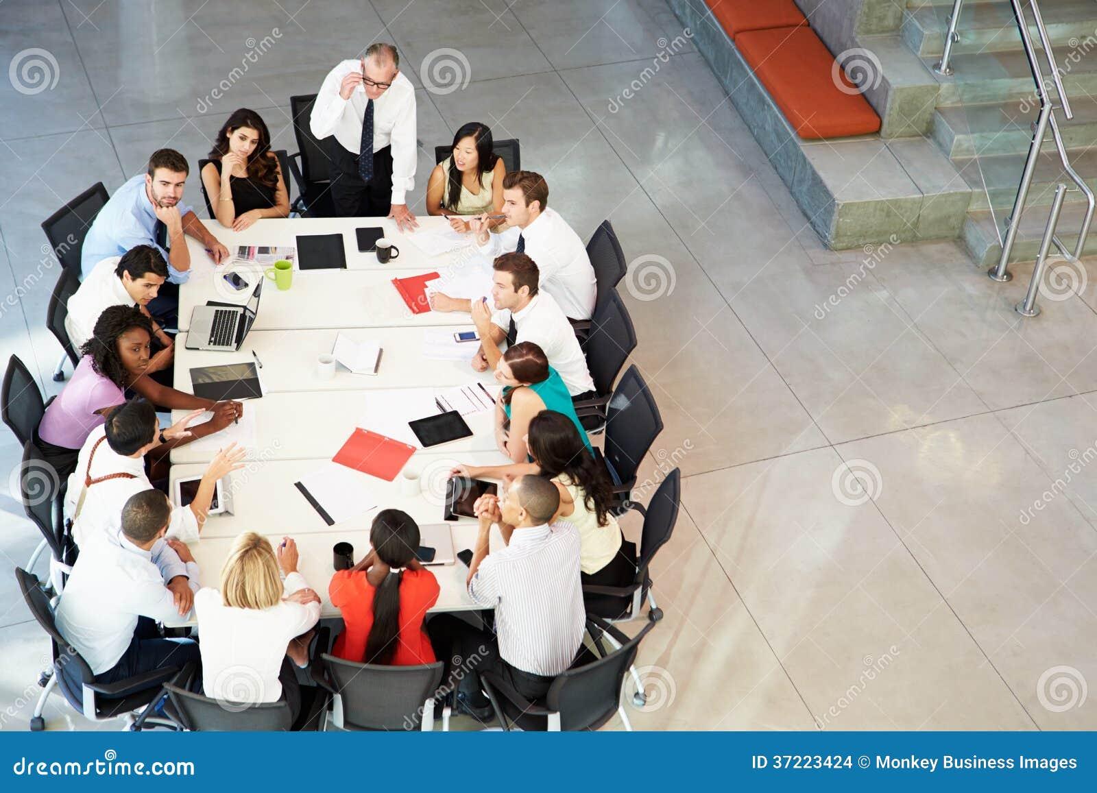 Tabell för affärsmanAddressing Meeting Around styrelse