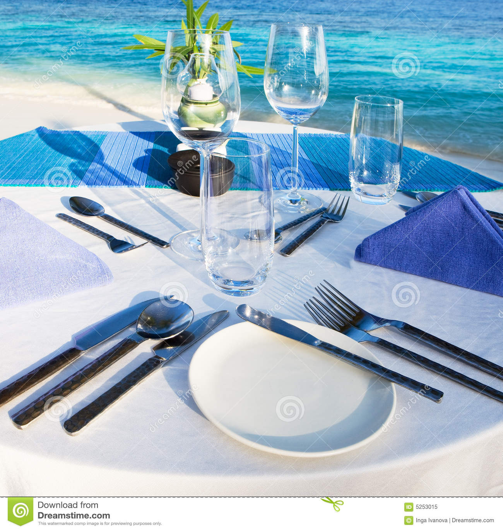 Tabell för strandrestauranginställning