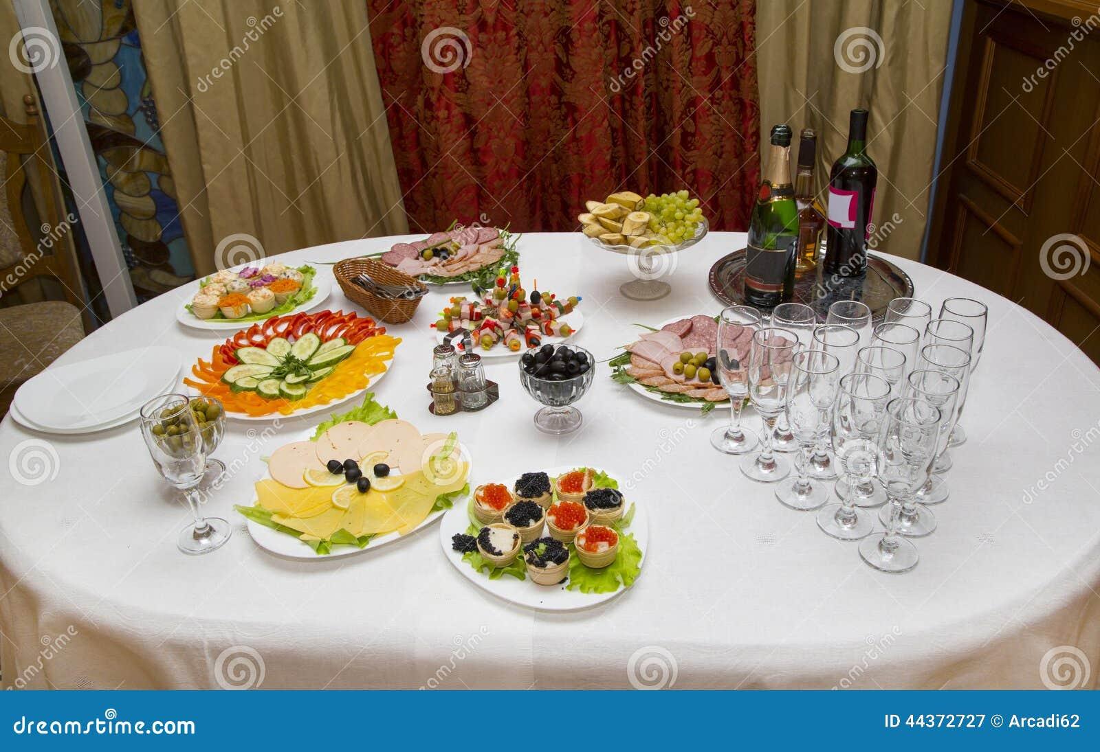 Tabella di banchetto in un ristorante