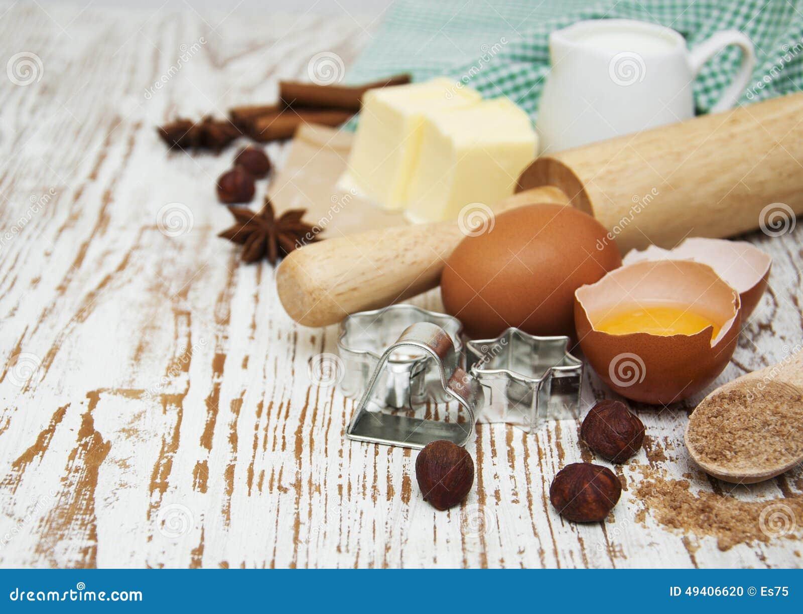 Download Tabelle Mit Backenbestandteilen Stockfoto - Bild von cuisine, zimt: 49406620