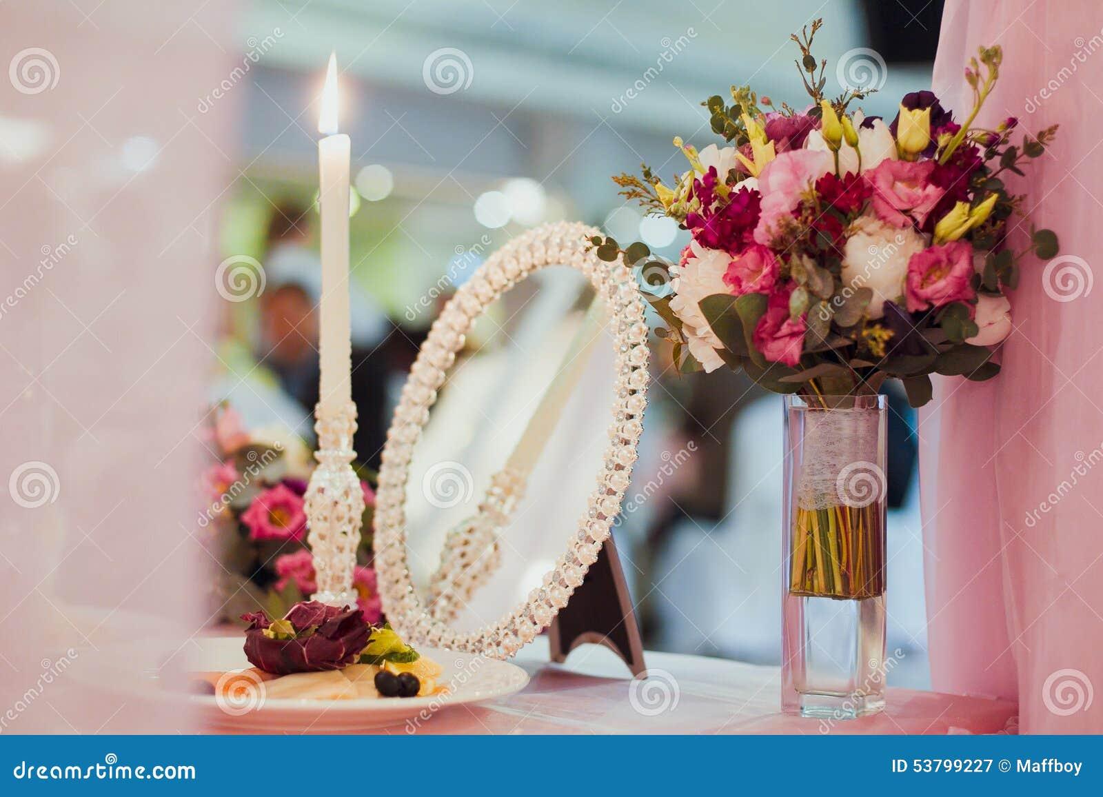 Tabla de la decoración de la boda