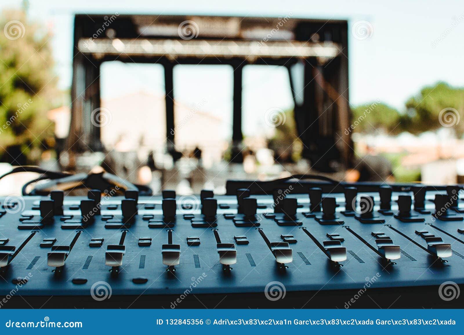 Tabla de los sonidos antes de un concierto