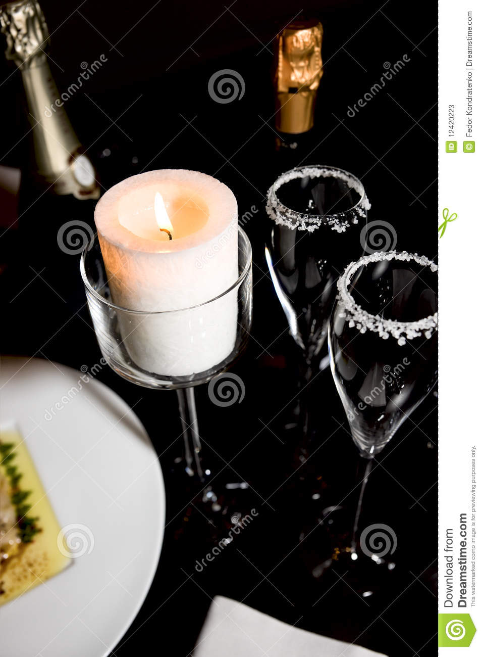 table arrangement of haute cusiine restaurants stock photos image 12420223. Black Bedroom Furniture Sets. Home Design Ideas