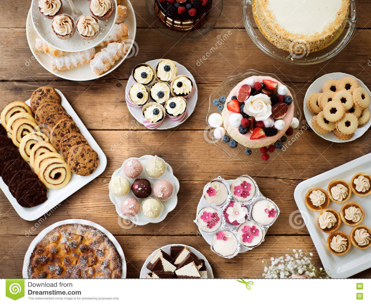 Cakes or pies 13