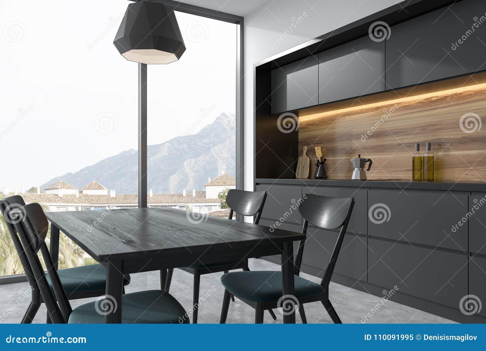Longue Table De Salle à Manger Noire Avec Les Chaises Noires Se Tenant Dans  Un Coin Panoramique Noir Et En Bois De Cuisine Moquerie Du Rendu 3d