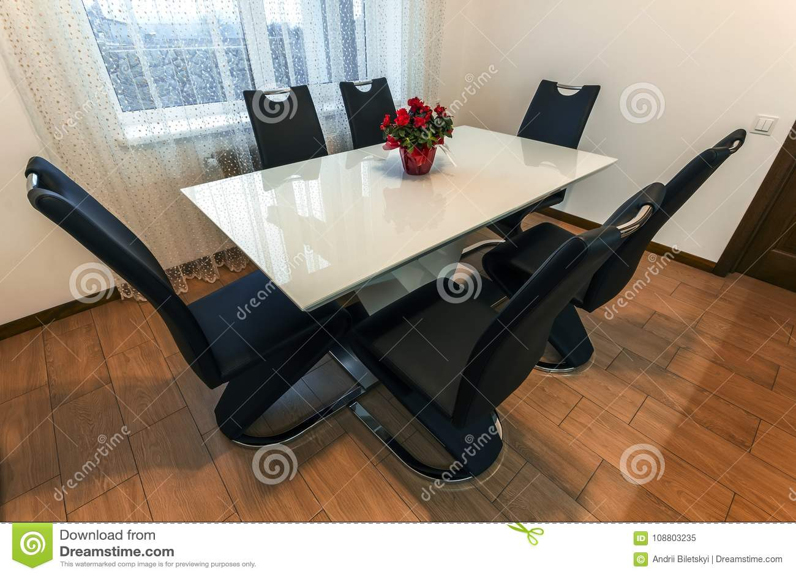 Table De Salle à Manger Ronde En Bois Et En Verre Blanche ...