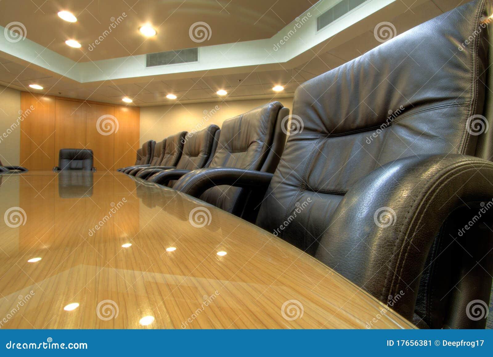 Table de salle du conseil d administration dans la salle de conférence