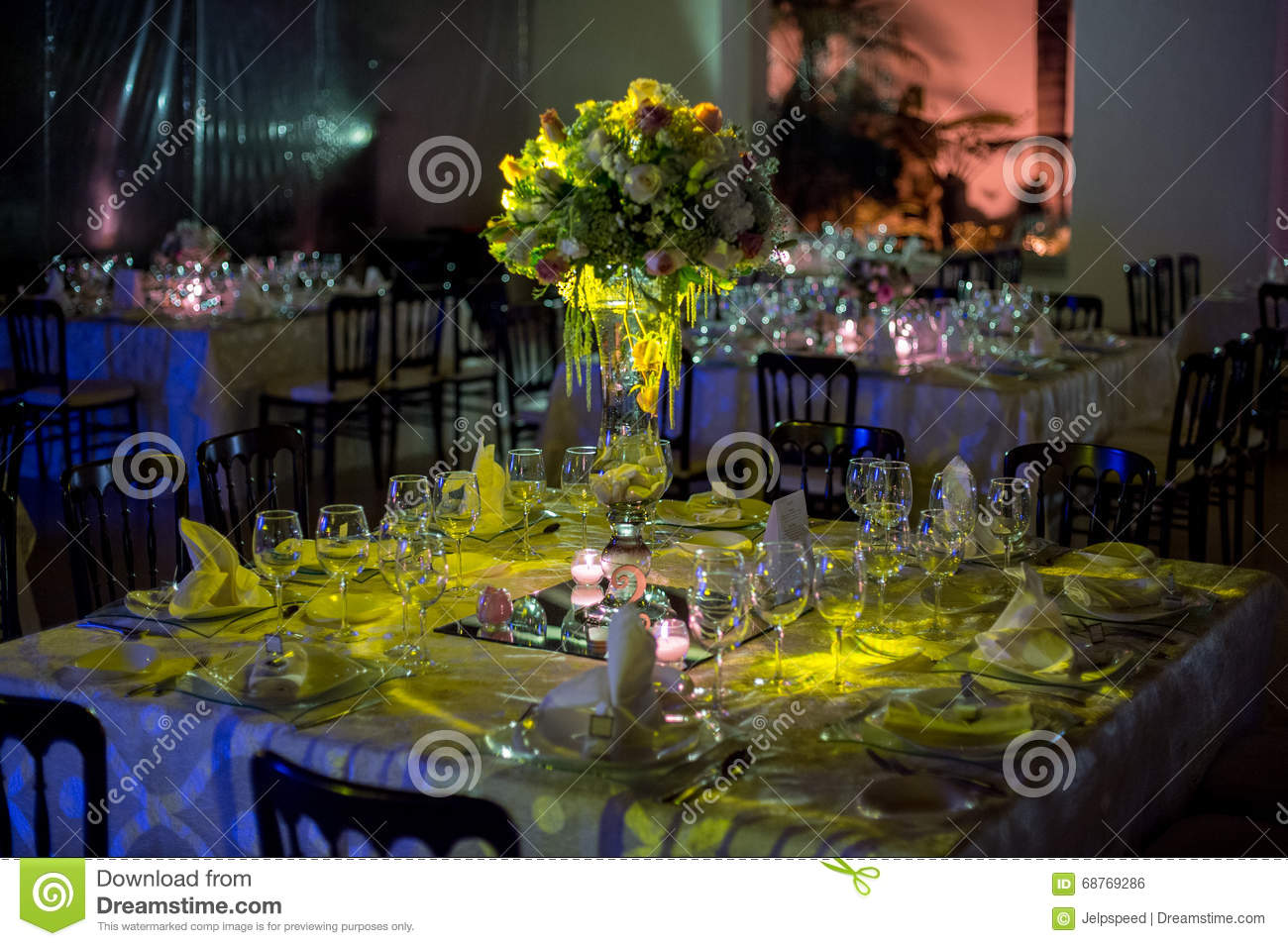 Table Decoraction, Night Wedding Decoration With Candles And Wine ...
