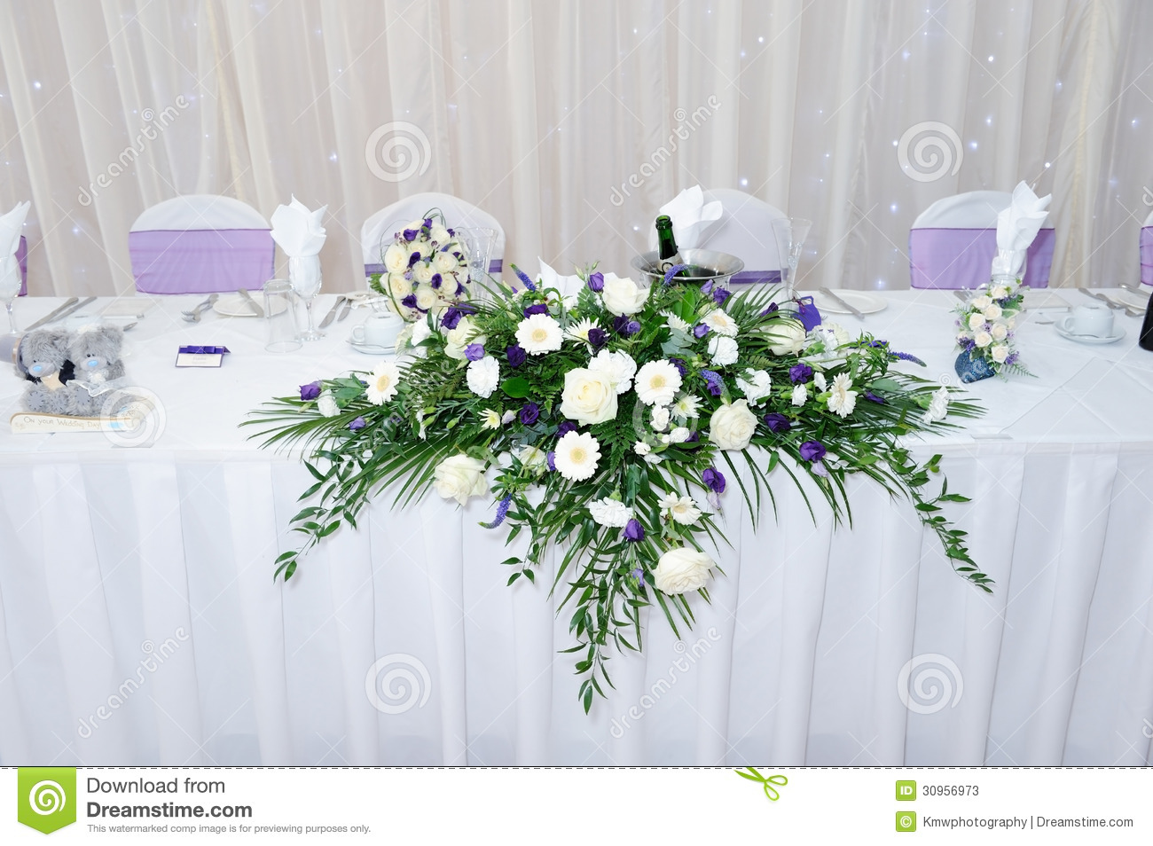 Table Decoration At Wedding Reception Stock Image - Image of ...