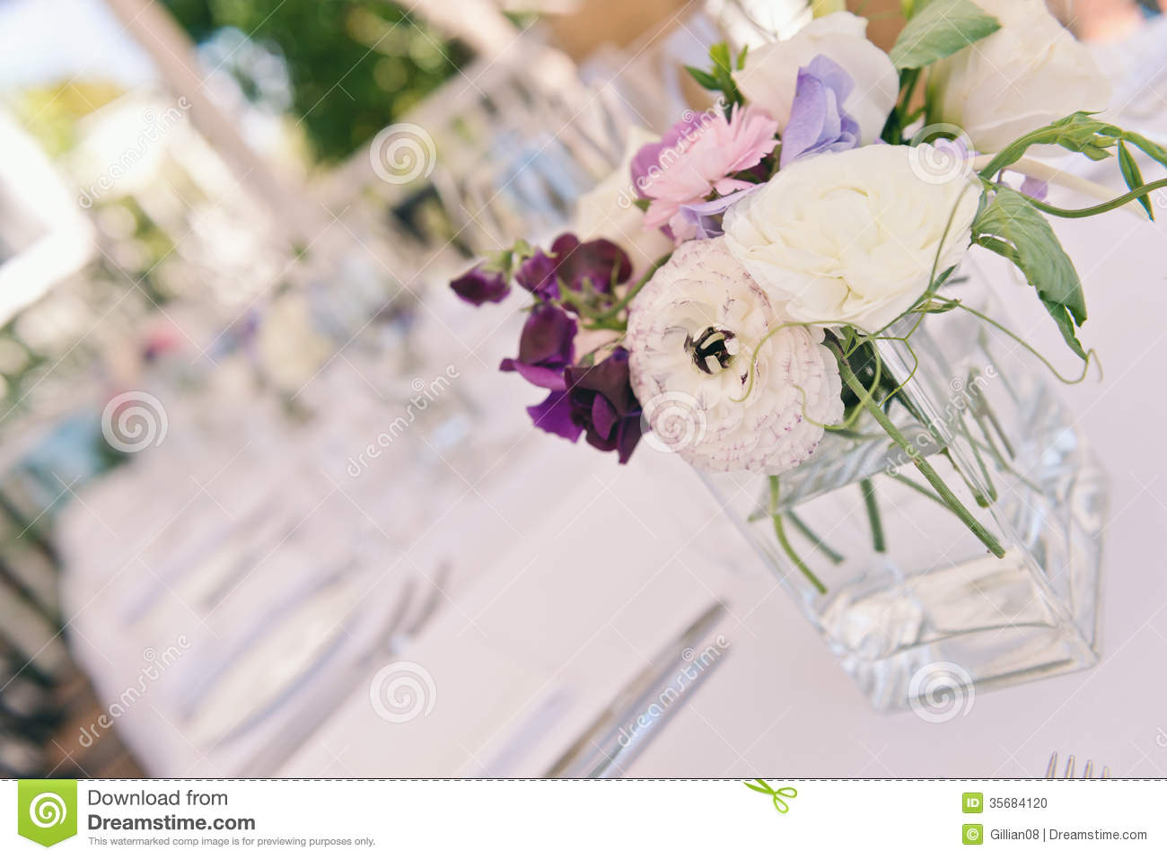 Table Decorations At A Wedding Stock Photo - Image of white, wedding ...