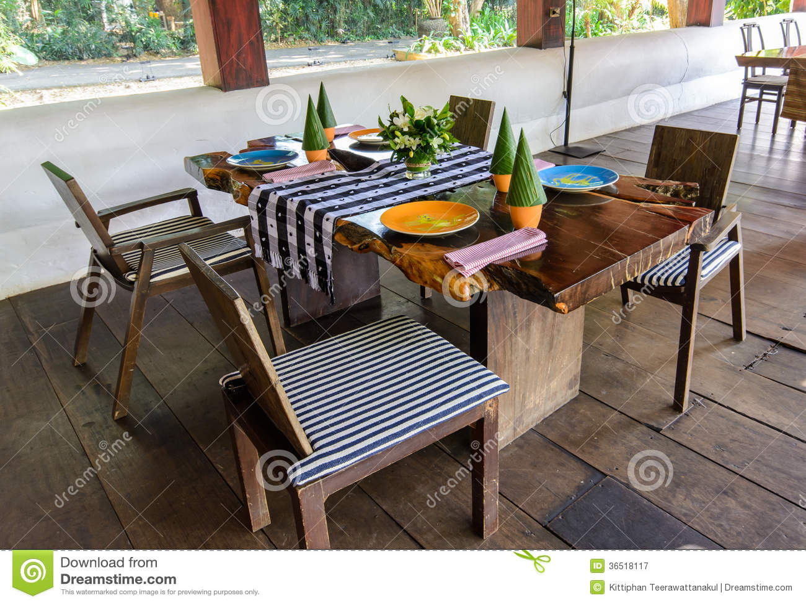 Table dinning en bois