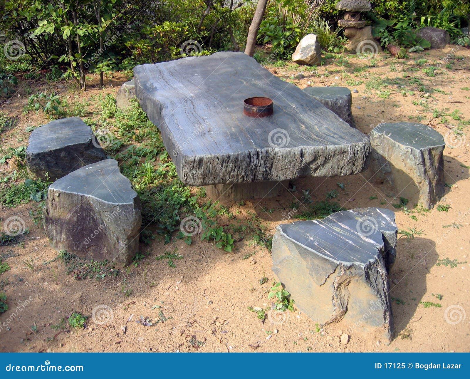 table en pierre photo libre de droits image 17125. Black Bedroom Furniture Sets. Home Design Ideas