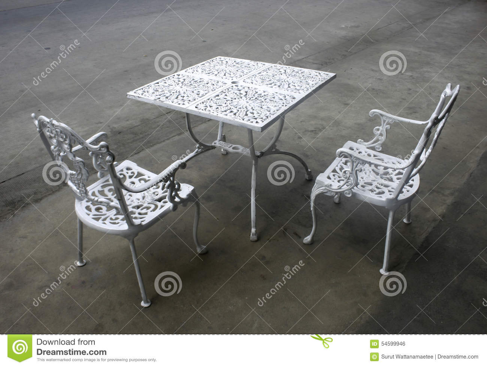 Table Et Chaises De Jardin De Fer Travaillé De Vintage Photo ...
