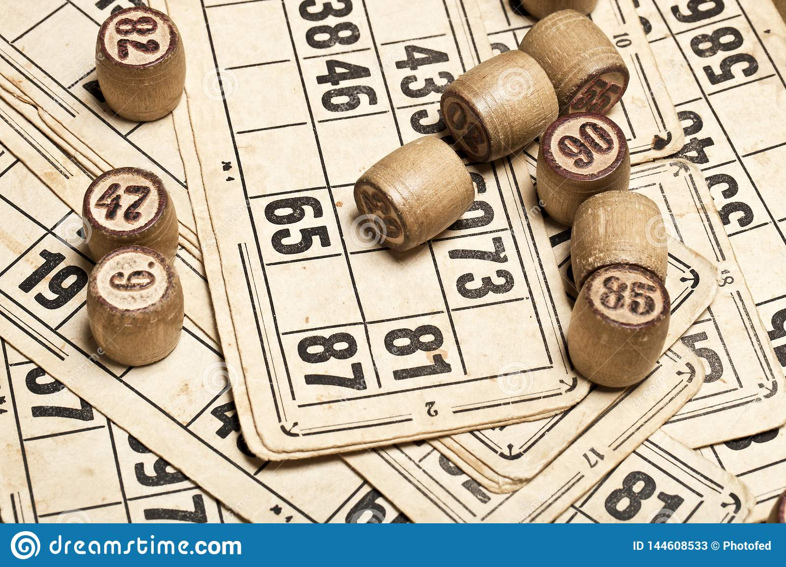 Table Game Bingo  Wooden Lotto Barrels With Bag, Playing Cards For