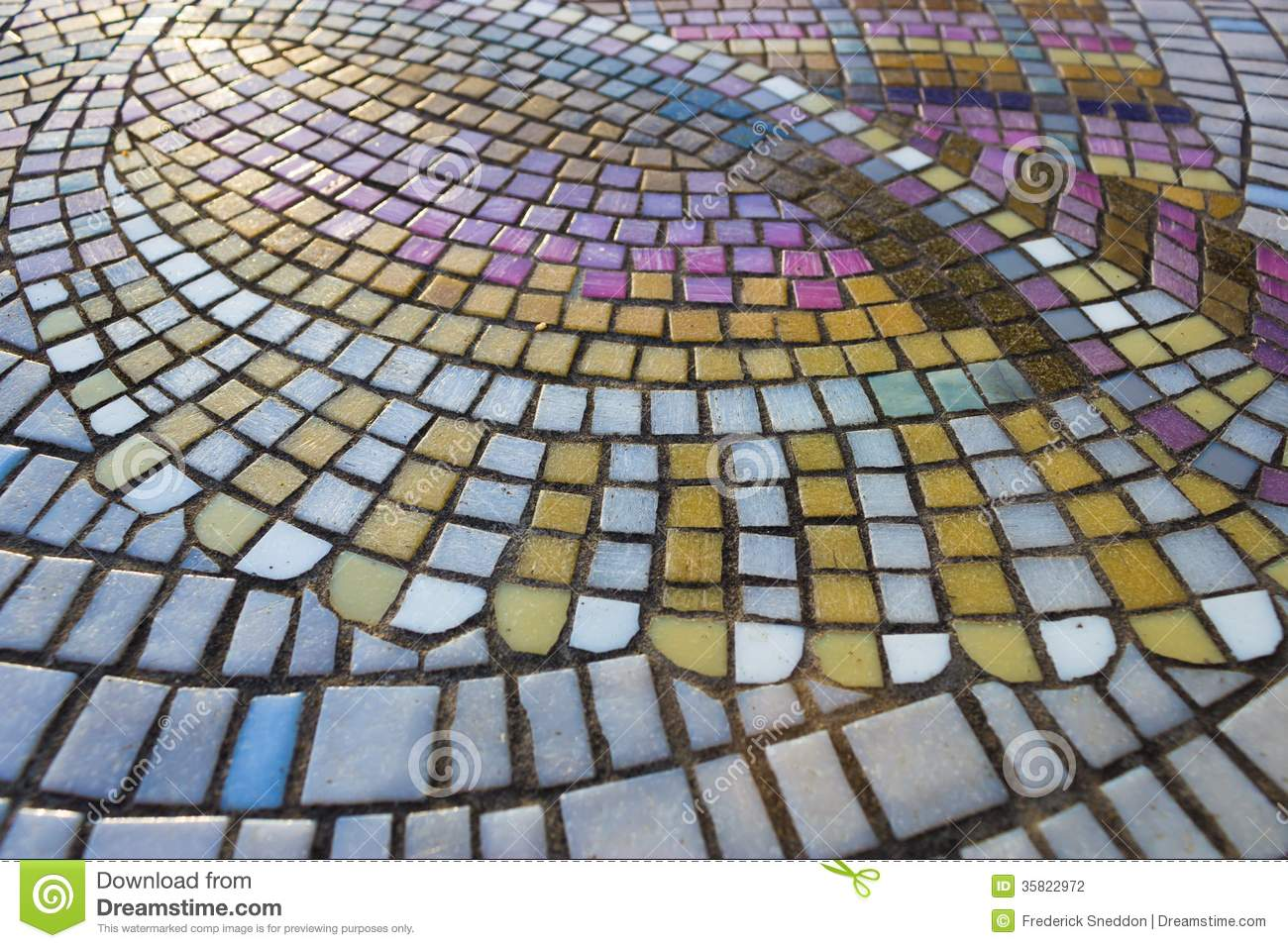 Beautiful Mosaic Tile Table Top Pattern 1300 x 957 · 204 kB · jpeg