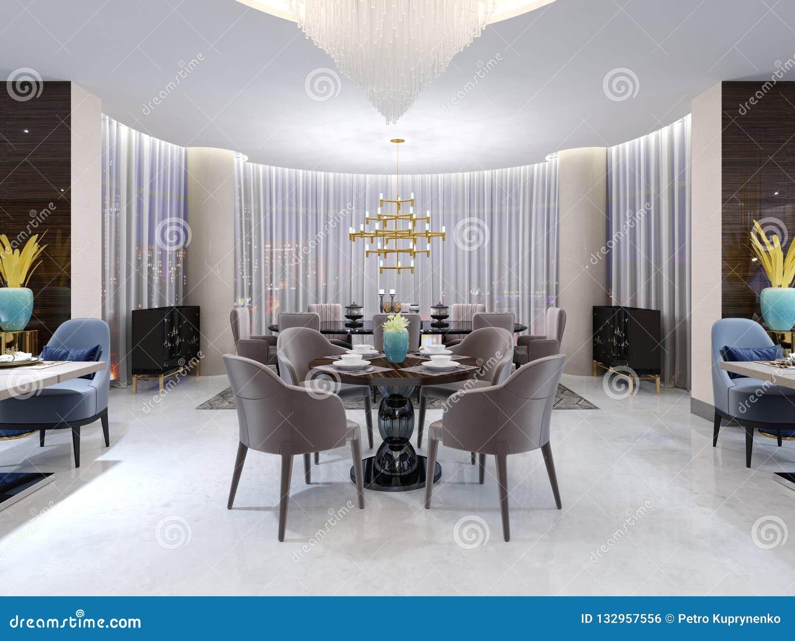 Table Ronde Moderne Dans Le Restaurant D\'hôtel, Pour Quatre ...