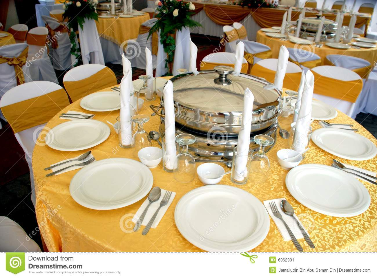 100 Setting A Table Elegant Settings For All