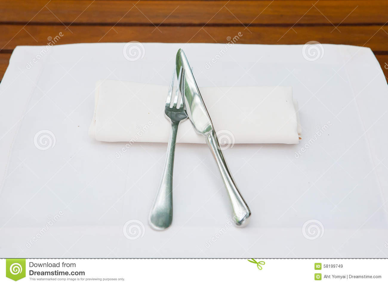 Table Setting Stock Photo Image 58199749 & Table Setting Knife Blade In Or Out - Castrophotos