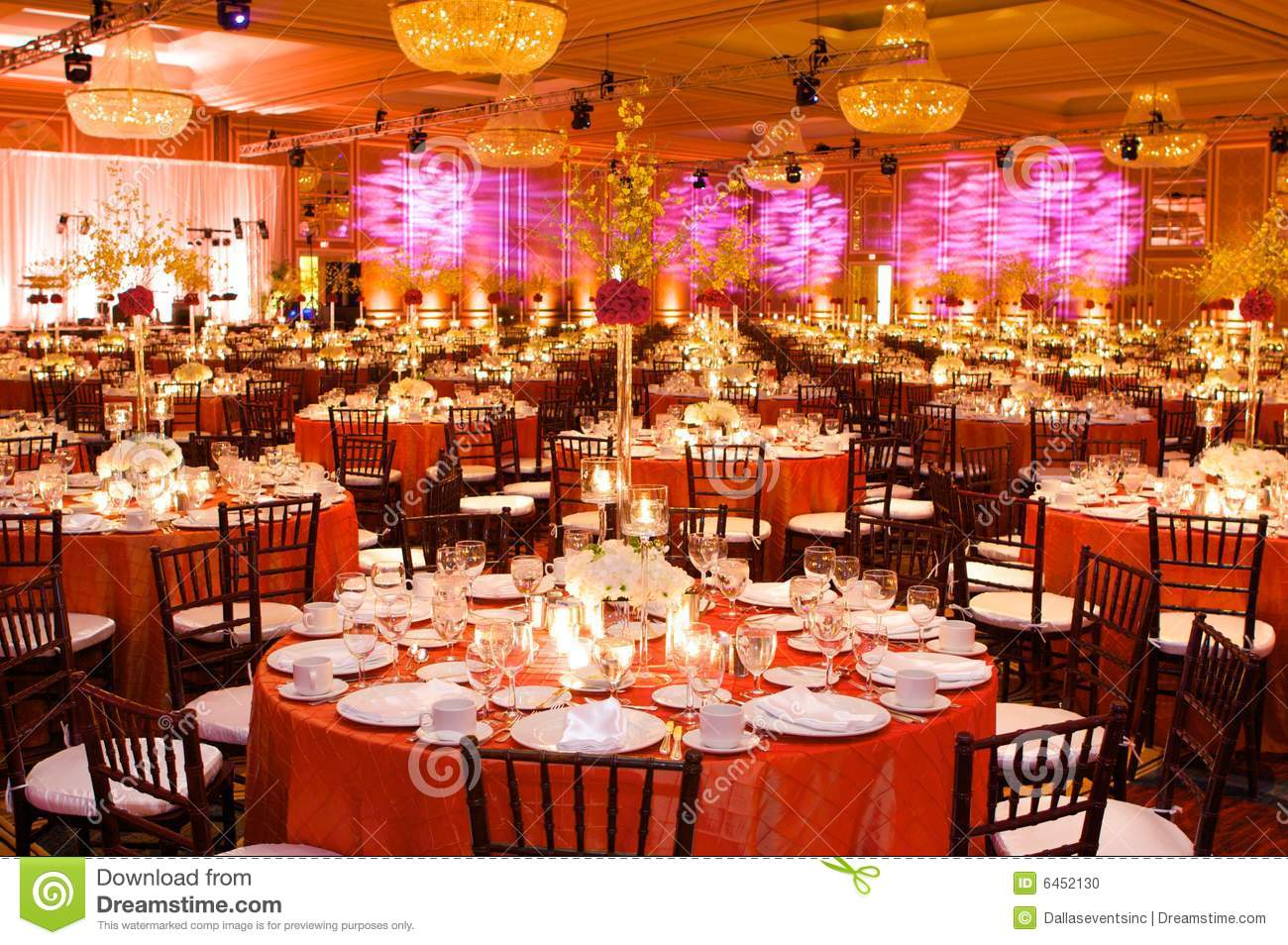 Table Setting At A Luxury Wedding Reception Stock Photo - Image of ...