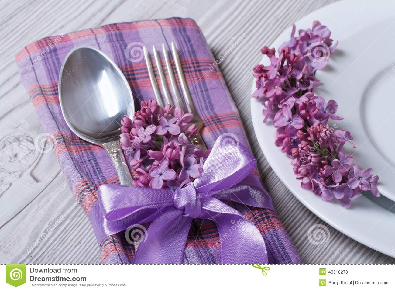 Table Setting In Purple Colors Decoration Flowers Lilacs
