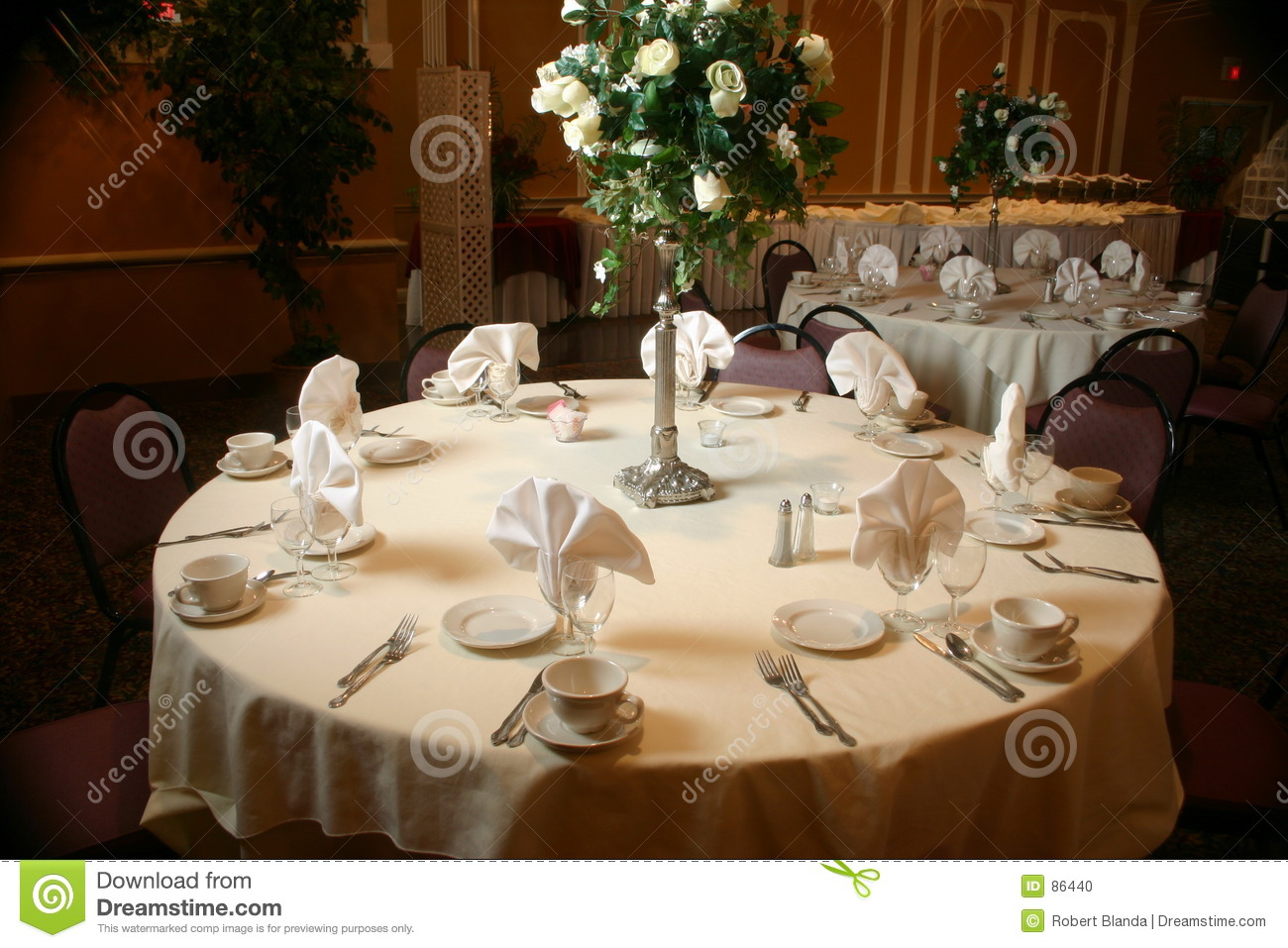 Table Setting Before A Wedding