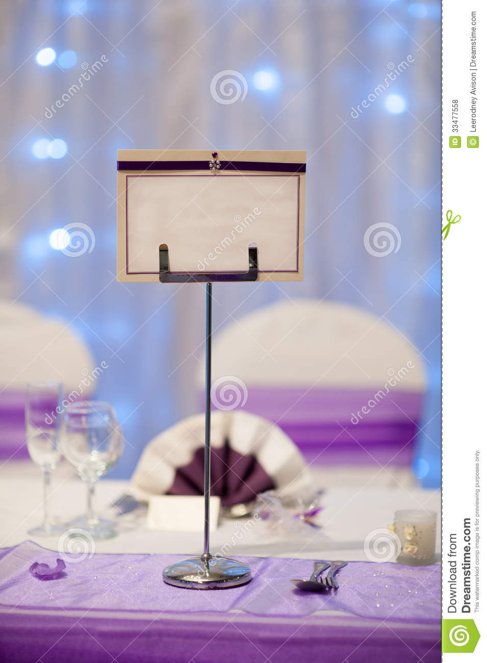 Table Vide De Mariage De Support De Nom Photos Libres De Droits Image 33477558