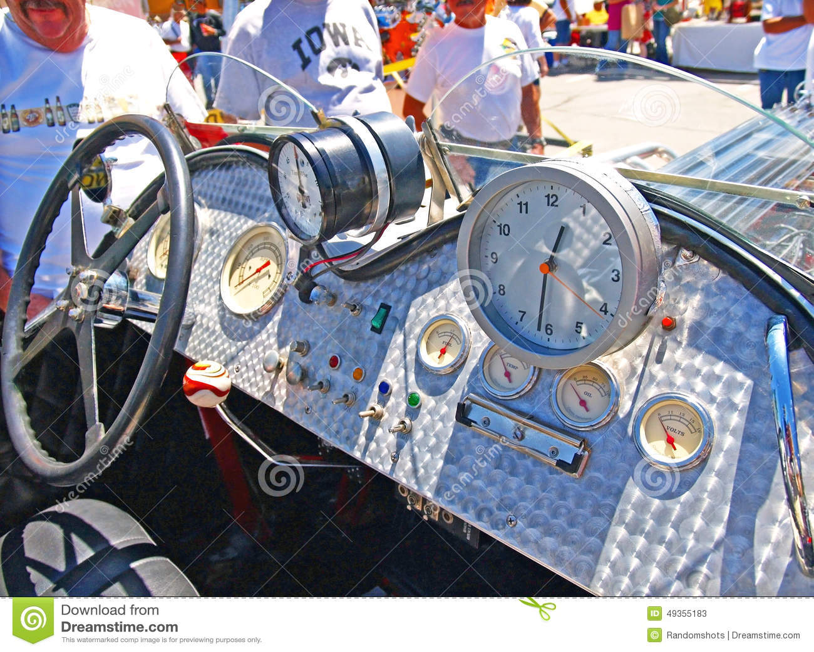 tableau de bord de voiture de course de vintage photo stock ditorial image du moteur. Black Bedroom Furniture Sets. Home Design Ideas
