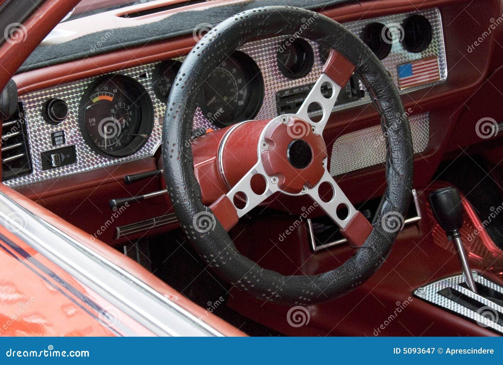 tableau de bord de voiture de sport image stock image du perdu classique 5093647. Black Bedroom Furniture Sets. Home Design Ideas