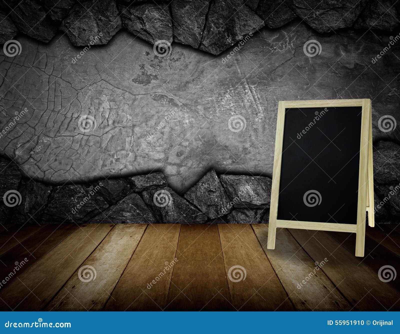Tableau Noir De Trépied Dans La Chambre Intérieure Avec Le ...