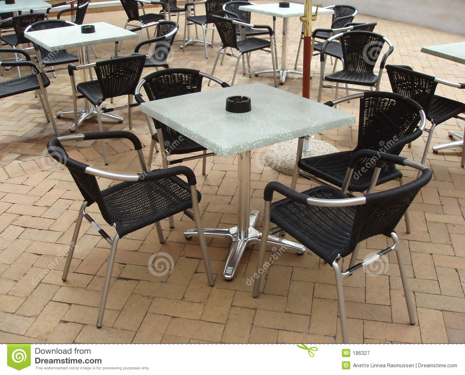 Tables et présidences de Café