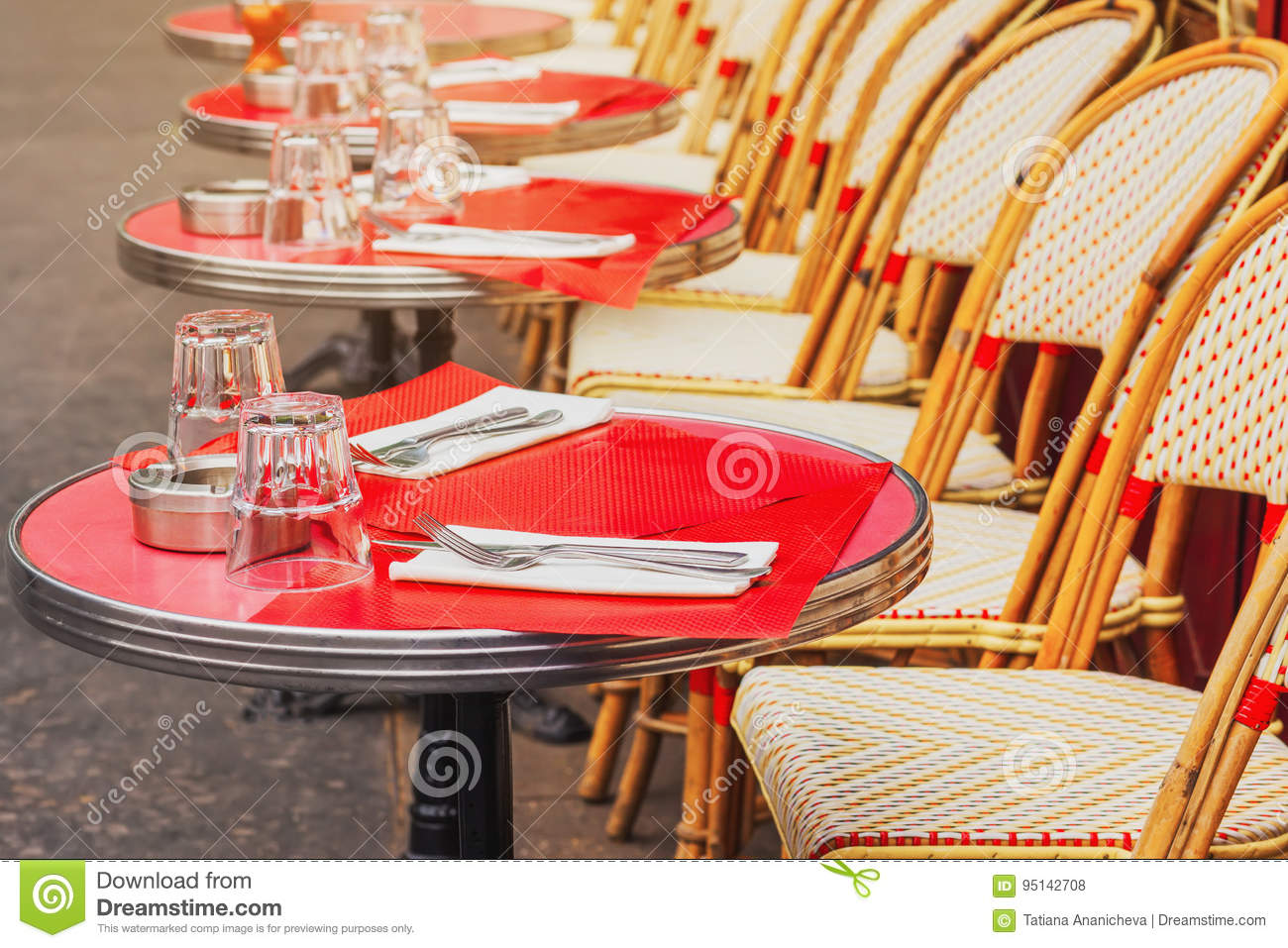 Amazing Tables Of Traditional Outdoor French Cafe In Paris Stock Best Image Libraries Weasiibadanjobscom