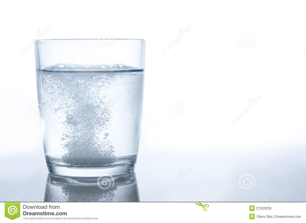 tablet fizzing in water stock image  image of blue  rising