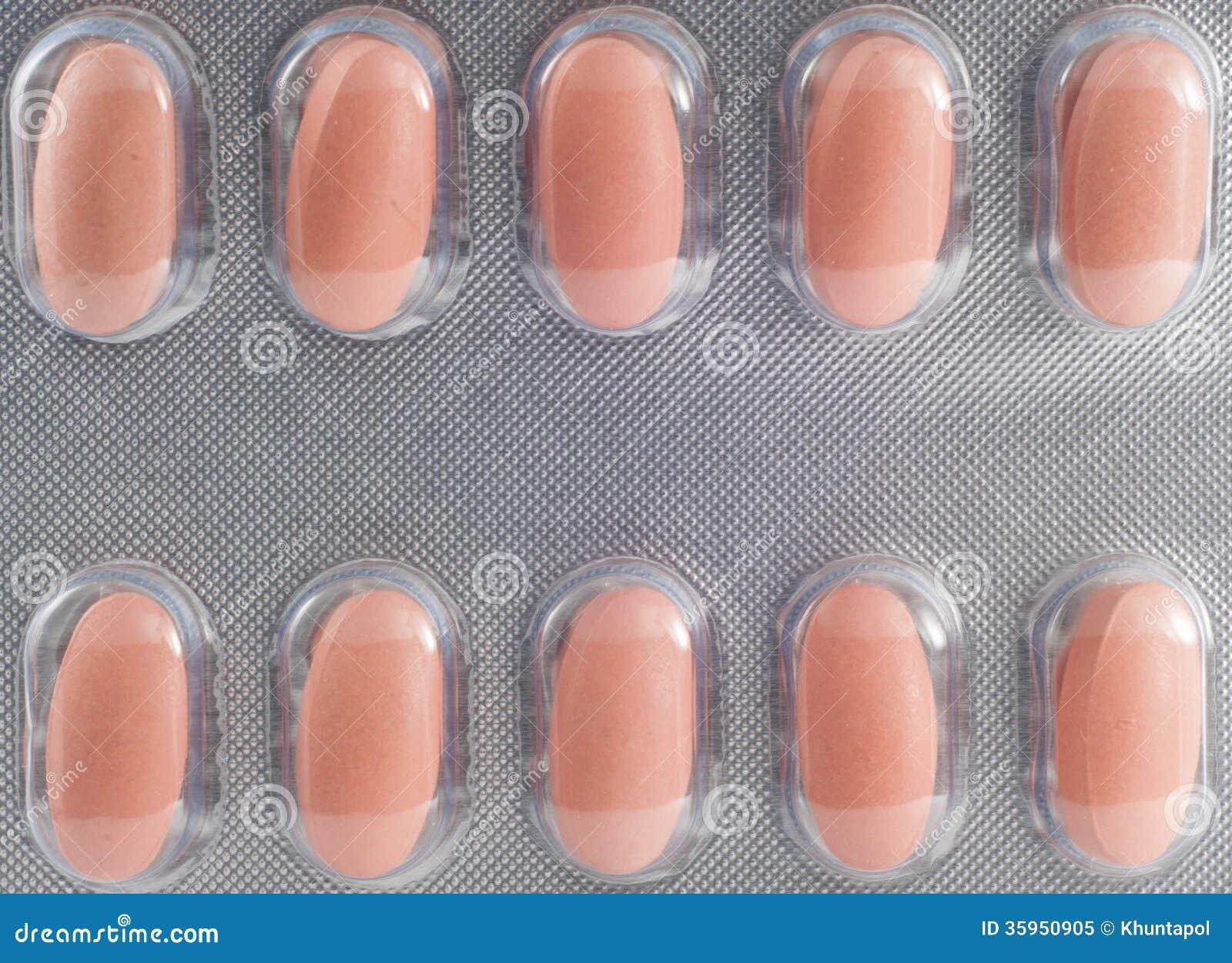 Tableta en concepto de la medicina de la demostración del paquete de ampolla