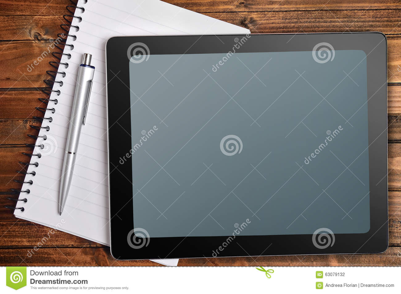 Download Tablette Avec Le Carnet Et Le Stylo Photo stock - Image du bureau, internet: 63079132