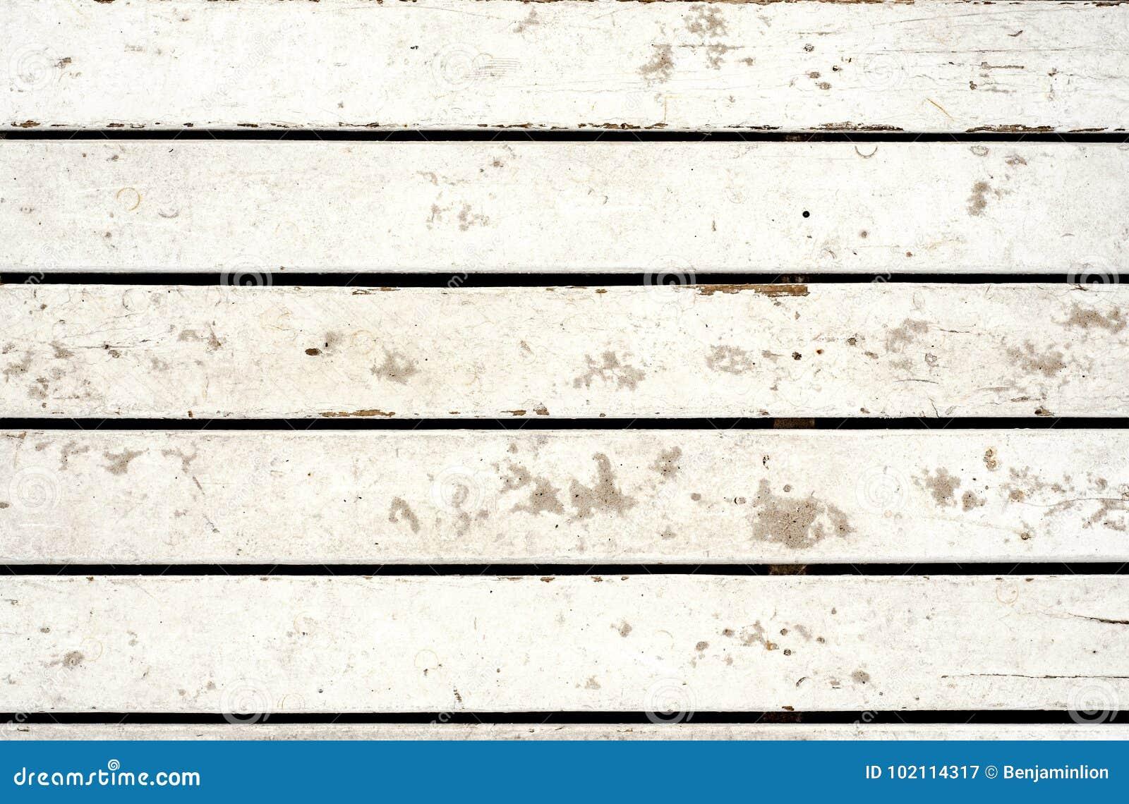 Tablones de madera blanqueados