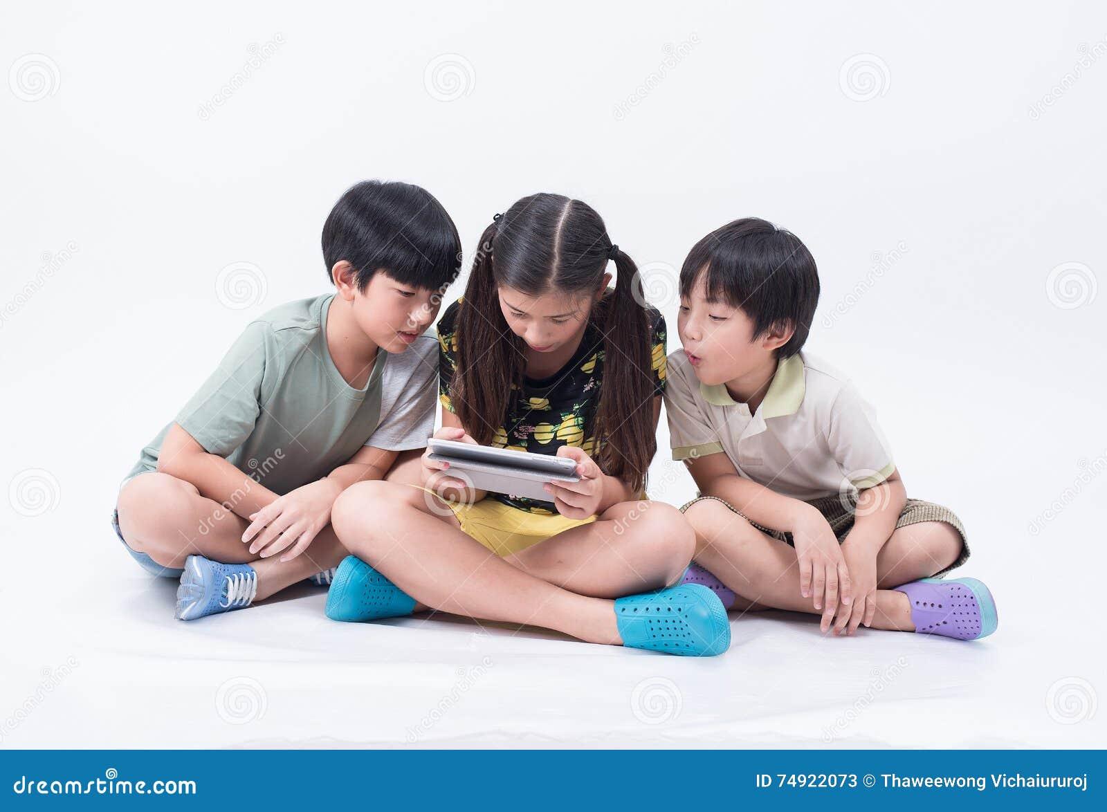 Tabuleta do jogo da criança