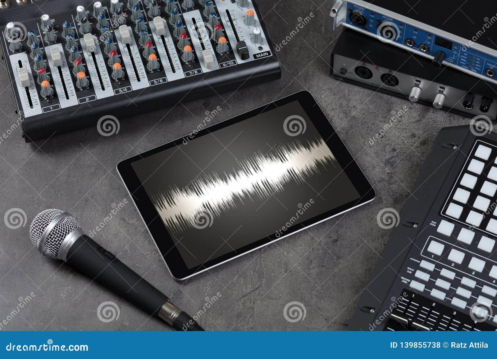 Tabuleta e instrumentos de música eletrônica