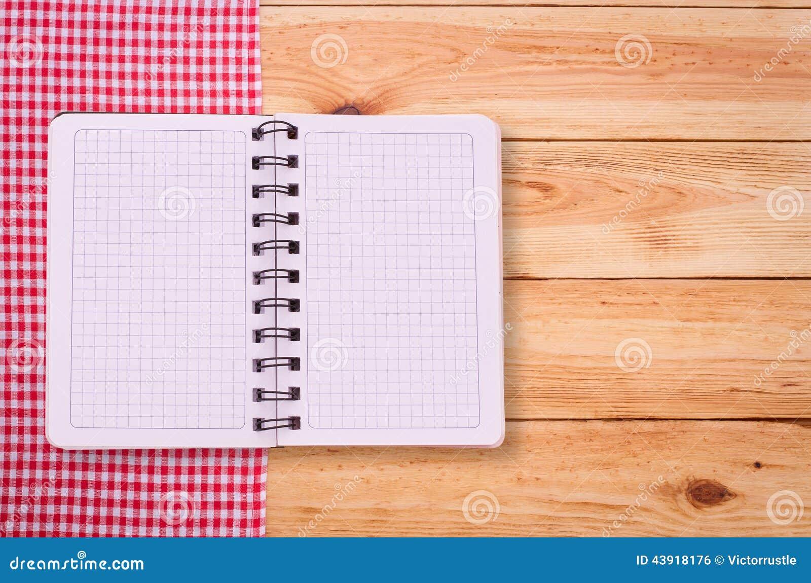 Taccuino puro per il menu di registrazione ricetta sul for Il rosso bologna menu