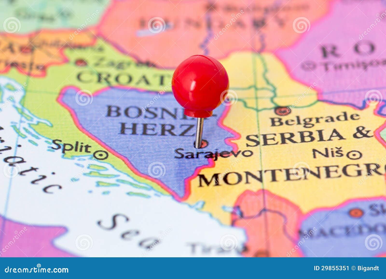 Pasador Rojo En El Mapa De Bosnia Imagen De Archivo Imagen De