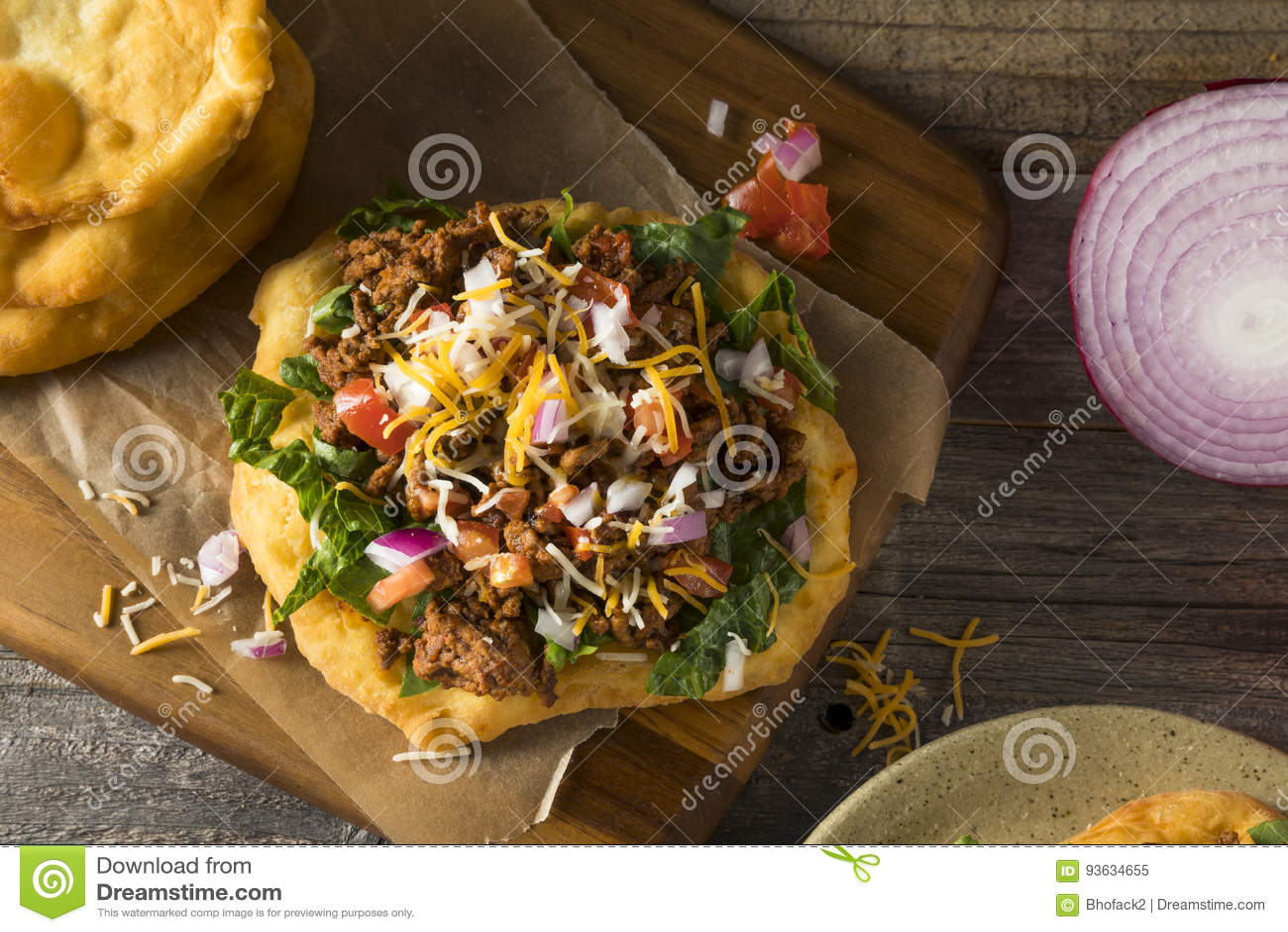 Tacos indien fait maison de pain de friture
