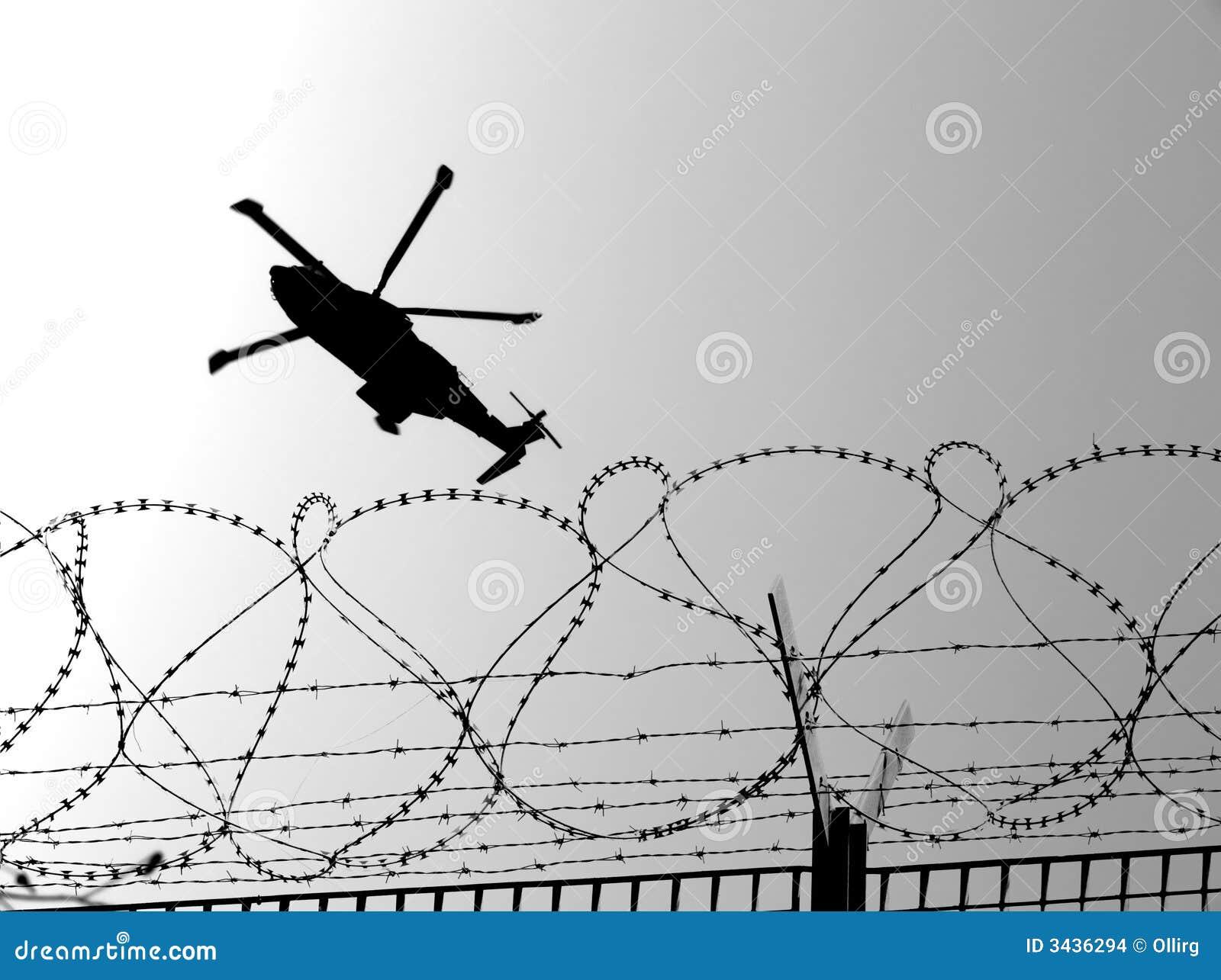 Taggtrådhelikoptermilitär