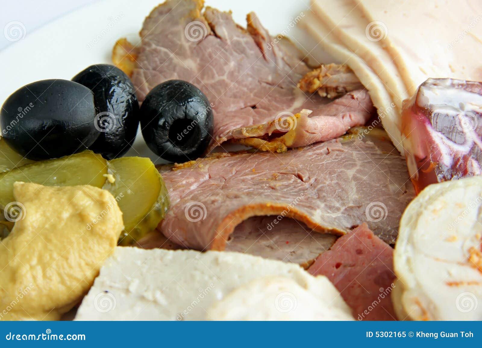 Download Tagli freddi immagine stock. Immagine di alimento, piatto - 5302165