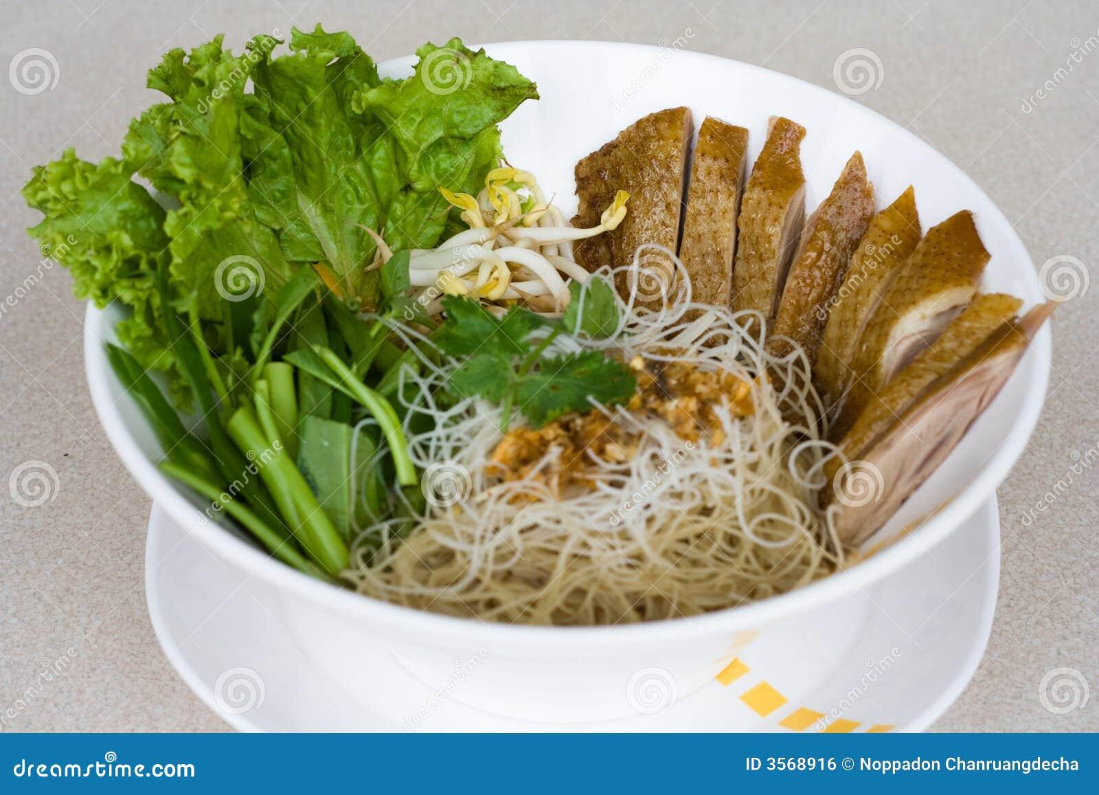 Tagliatella tailandese
