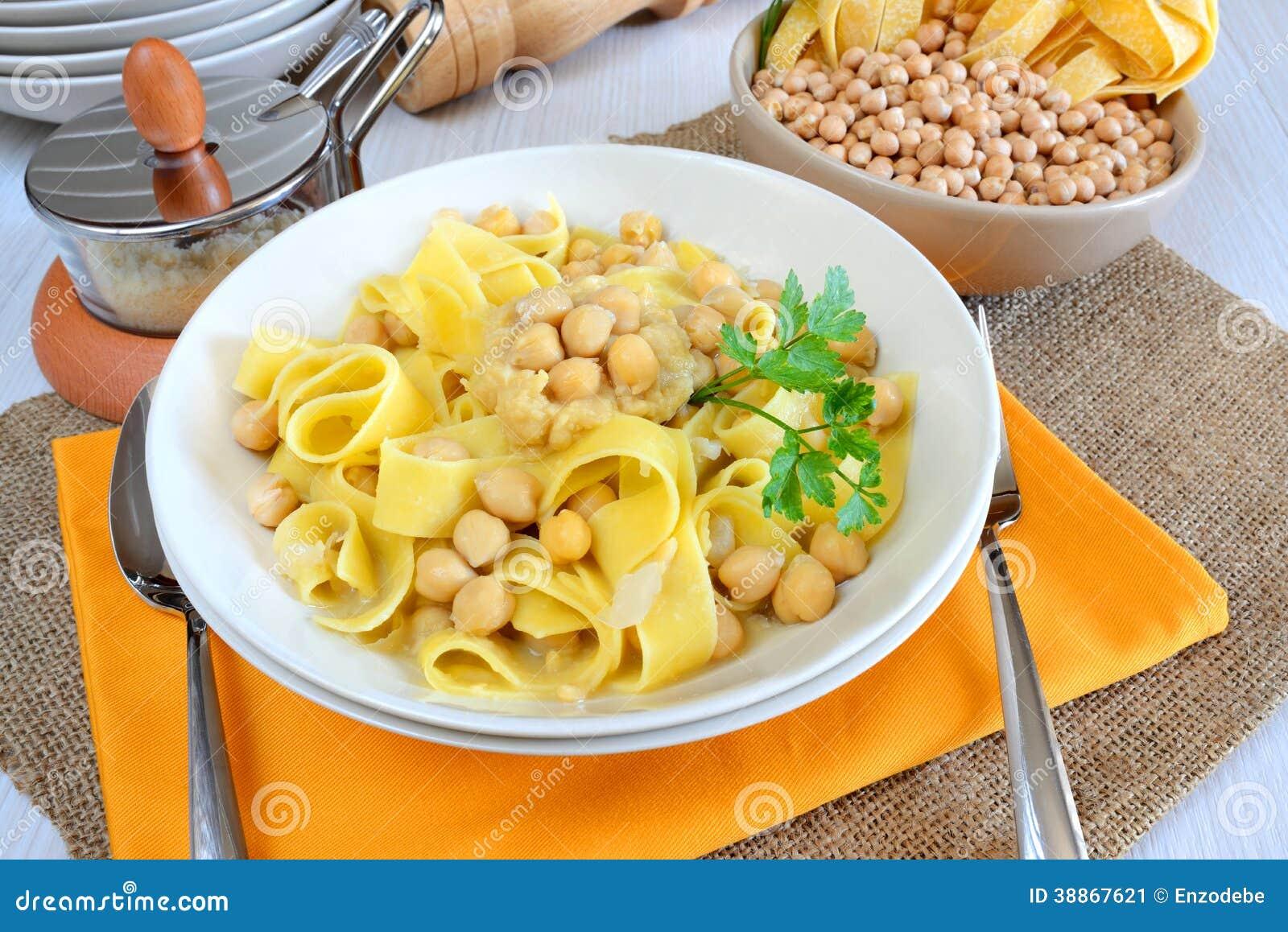 Homemade italian tagliatelle pasta with chickpeas cream.