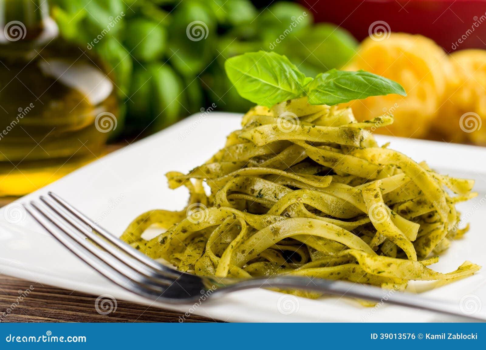 Tagliatelle With Pesto Stock Photo - Image: 39013576